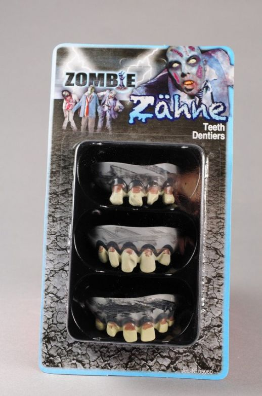 Zombie teeth (set 3 st.) on card